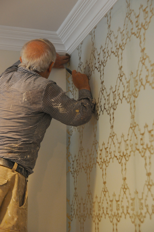 Wallpaper always changes the look of any room | D.L. Rhein