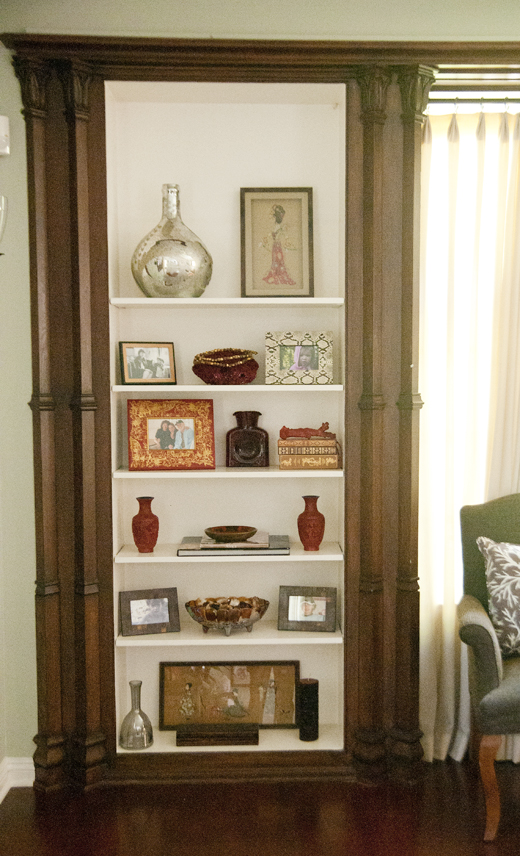 Keep it fresh by Color coding your shelves while adding found objects | D.L. Rhein
