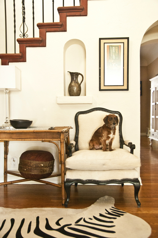 A chair makeover fit for a King | D.L. Rhein
