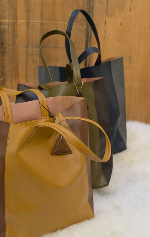 Two Tone Vegan Leather Totes | @DL Rhein
