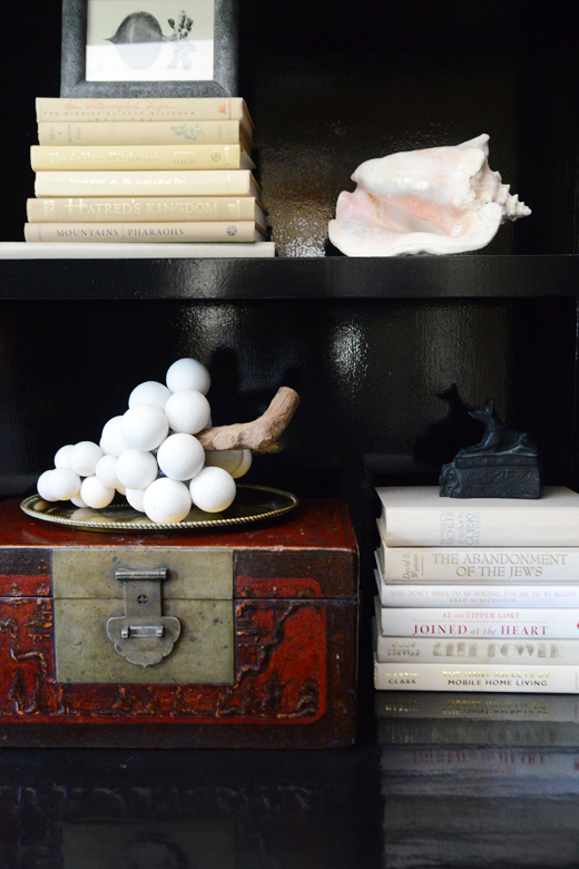 Dress up your shelves | D.L. Rhein