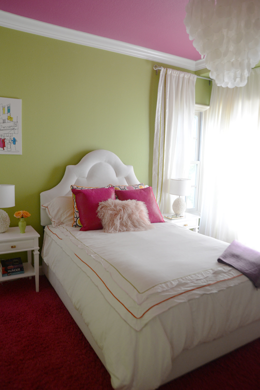 A little bit of paint goes along way for this young teens new bedroom makeover. Click here to read how we got this sleek look  #makeover #girlsbedroom #interiordesign | D.L. Rhein