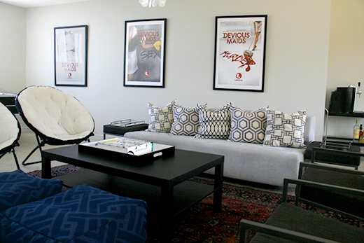 AFTER | Office Creative Space #dlrhein #couch #coffeetable #chairs #pillows