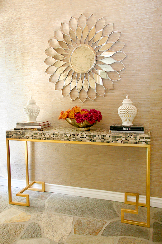 ENTRYWAY | D.L. RHEIN #worldsaway #daisy #mirror custom console made with #porcelanosatile #dlrhein