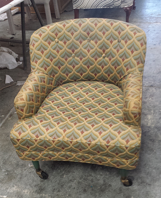BEFORE | Upholstered chair pre-reupholstery