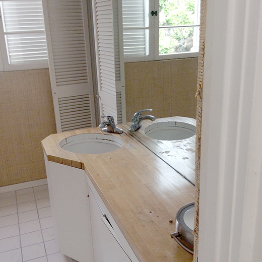 pch-before-master-bath-2